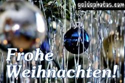 Frohe Weihnachten Karte, Weihnachtskugeln, Lametta