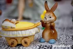 Osterhase, Kind, Kinderwagen